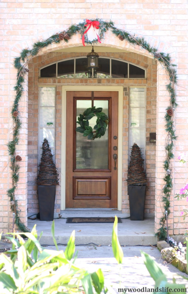 Outdoor Christmas Decorations Images.Budget Friendly Outdoor Christmas Decorations My Woodlands